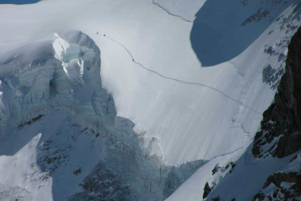 Ryan Soderberg Climbing the Rateau Glaciar