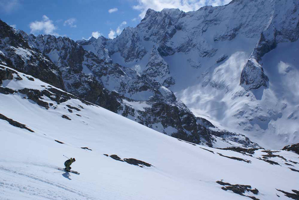 Ryan Soderberg Skiing the upper La Rama