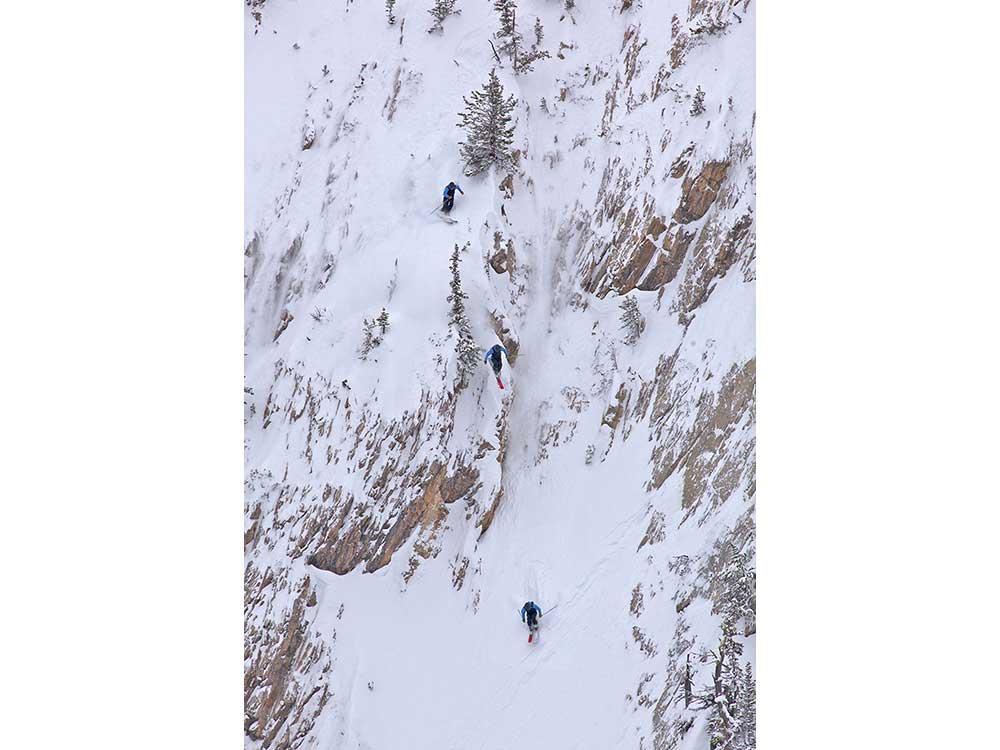 Shane-Cottom-rock-skiing